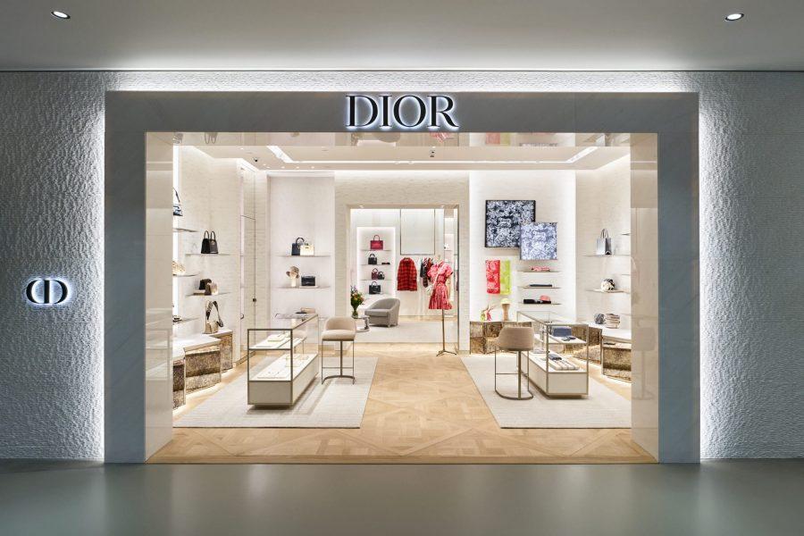 La boutique Dior, a Varsavia, parla italiano
